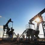 Ливия приостанавливает добычу нефти