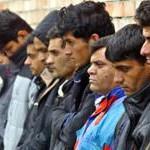 Трудовые мигранты массово покидают Россию