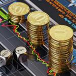 Рубль продолжил падение на открытии торгов в пятницу