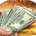 По индексу БигМака доллар стоит всего 3,97 гривны