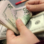 Доллар дешевеет к мировым валютам на заявлениях главы ФРС США
