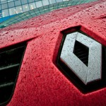 Renault приостановит сборку автомобилей в Москве