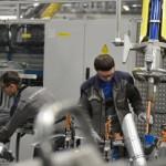 Автозаводы Volkswagen и Mitsubishi в РФ уволят до 40 процентов сотрудников