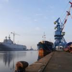 Путин пообещал не требовать неустойку в случае срыва поставок «Мистралей»