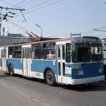 Задерживается движение троллейбусов на Нахимовском проспекте из-за обрыва контактной сети