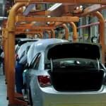 Завод Nissan в Петербурге заработал после двухнедельного простоя